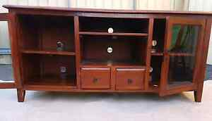 Solid Wooden Entertainment Unit Newcastle Newcastle Area Preview