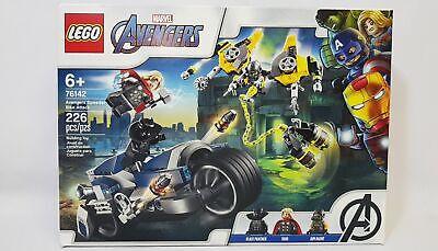 LEGO Marvel Avengers Speeder Bike Attack Building Toy Set 226pcs 76142
