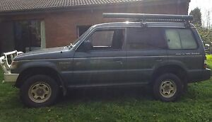 4 WD Mitsubishi Pajero - Perfect for backpackers Box Hill Whitehorse Area Preview