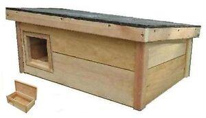 Outdoor cat dog house puppy kitten feral pet kennel warm shelter cedar
