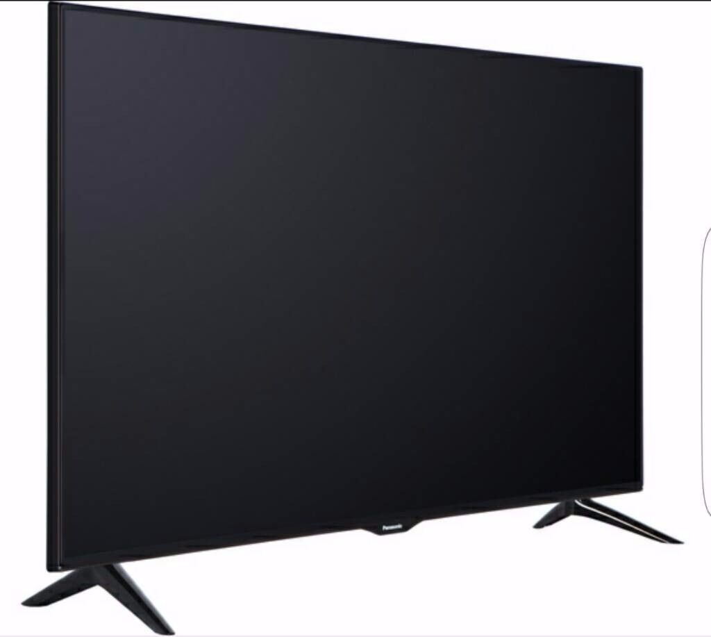 Panasonic TV, 49'', 4K Ultra HD, Smart, Active 3D in Excellent Condition