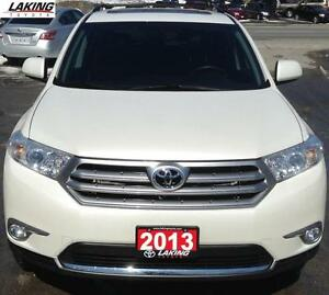 2013 Toyota Highlander Sport AWD LOW LOW MILAGE Clean Car Proof,