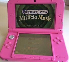 Nintendo 3ds xl - pink. Immaculate condition.