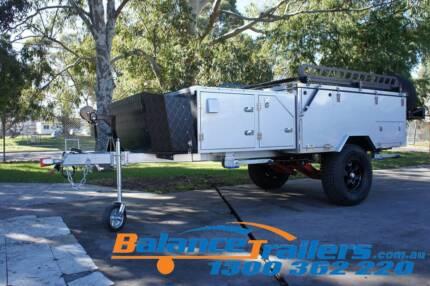 2017 Deluxe Off Road Hard Floor Forward Folding Camper Trailer