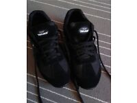 Size 7 Trojan Safety Shoes Trainers New