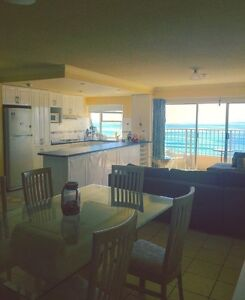 Share room - Overlooking ocean - Double bed Paradise Point Gold Coast North Preview