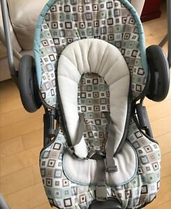Graco 2 in 1 swing and vibrating bouncy seat