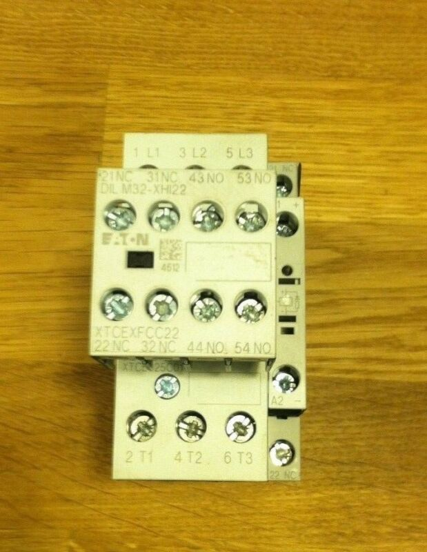 EATON CUTLER-HAMMER XTCE025C01 CONTACTOR W/ XTCEXFCC22