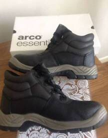 Arco Essentials Black Safety Boots Brand new Unboxed UK Size 11