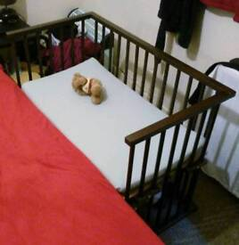 Infant Co-sleeper cot bed