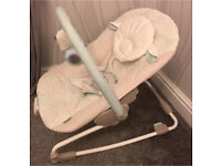 Ingenuity Lullaby Lamb Baby Bouncer - Cream - Immaculate