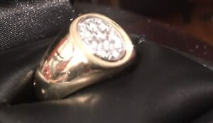 .......10k Gold Diamond Ring......