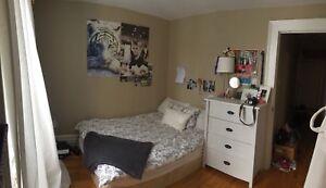 1 bedroom sublet in 3 bedroom house