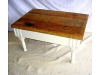 DINING / LIVING / SHABBY CHIC COFFEE TABLE OAK TOP COTTAGE CREAM TURNED LEGS ART DECO STYLE