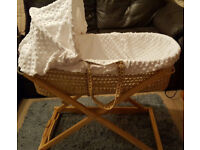 Clair de Lune Palm Moses Basket including Folding Stand and a free waterproof Mattress