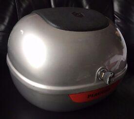 Piaggio silver top box for Vespa ET2/ET4