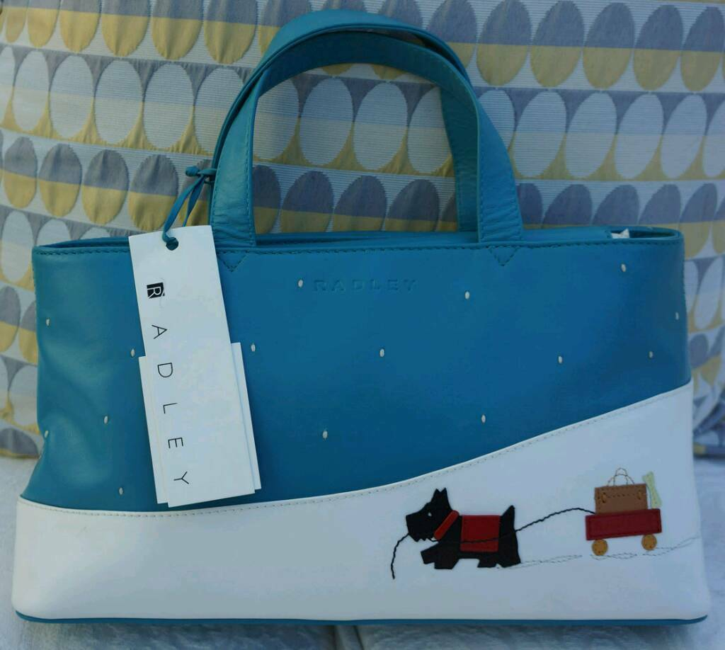 "Vintage (2004) RADLEY ""Signature"" Explorer bag in mint UNUSED condition."