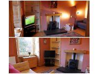 2 Bedroom, 1st floor flat, central Edinburgh, available immediately.