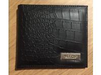 Brand new Men's Versace Wallet. Black