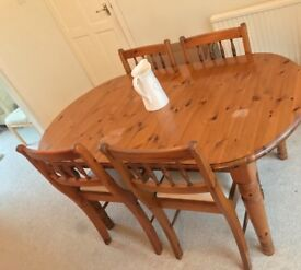 Ducal Pine Extending Table with 4 Chairs