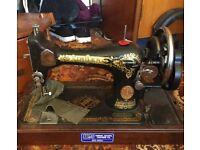 Hand Singer Sewing machine. Good working order ? 1930s