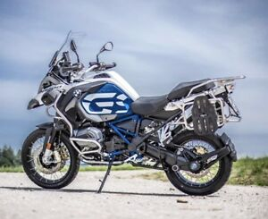 Looking for adventure Saddlebags/panniers / soft luggage