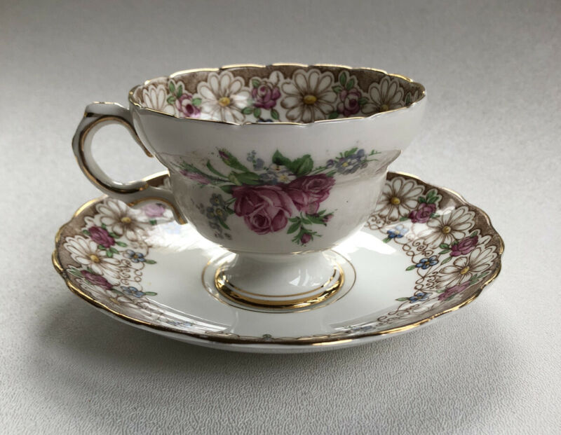 Vintage Rosina Bone China (England) Tea Cup & Saucer Floral Patten (c. 1948)