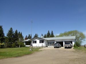 House for rent on acreage in Sturgeon County