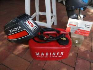 MARINER 5 HP SHORT SHAFT OUTBOARD MOTOR FOR PARTS OR REPAIR