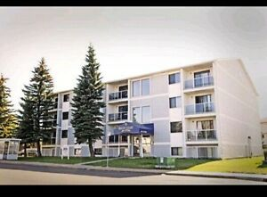 Offering One Bedroom Apartment in Millwoods@$870&March Half Free