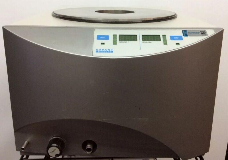 Savant Modulyo Freeze Dryer Powers On