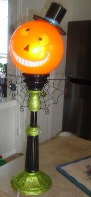 Cracker Barrel Halloween Pumpkin 27 inch Post Lamp with Spider HTF! - Post Halloween Pumpkin