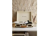 Urban outfitters vinyl player