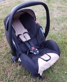 MacLaren Young Profi Plus Rear facing car seat