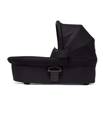 Unopened box Mamas and papas sola2 carrycot