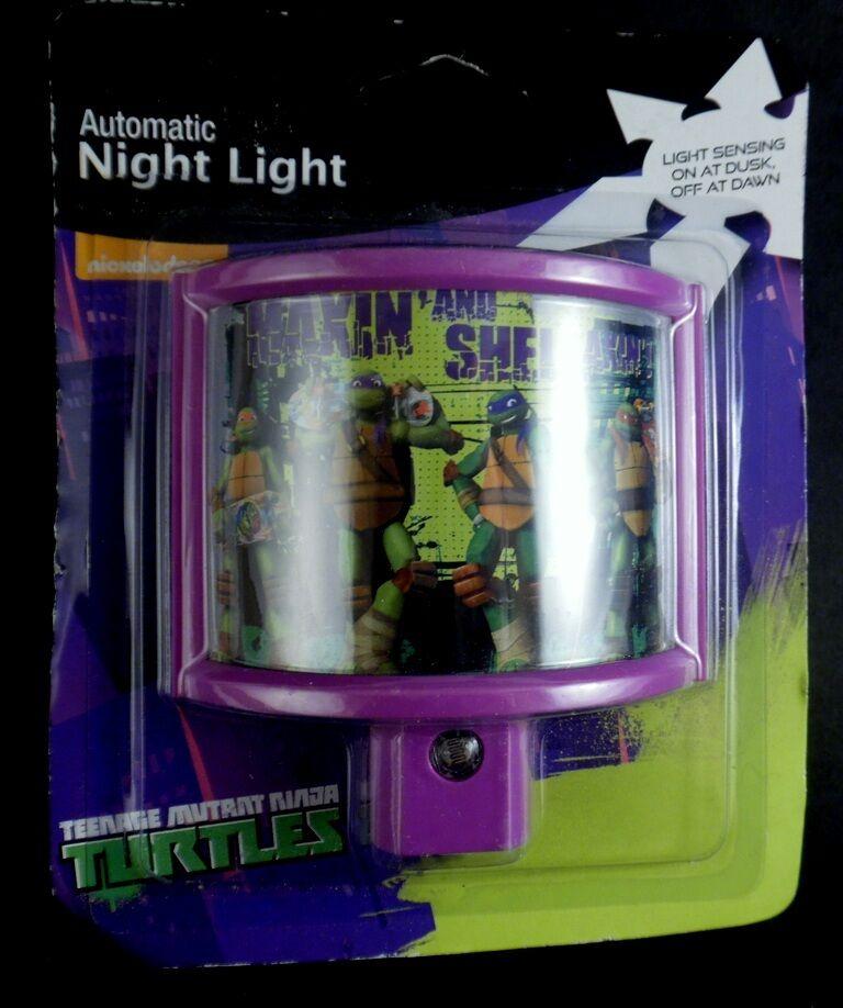 TMNT Teenage Mutant Ninja Turtle Automatic Night Light Sensing On/Off Jasco New  - $7.42