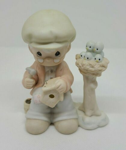 """Precious Moments 1991 Figurine """"Only Love Can Make A Home"""" Club Edition #PM921"""