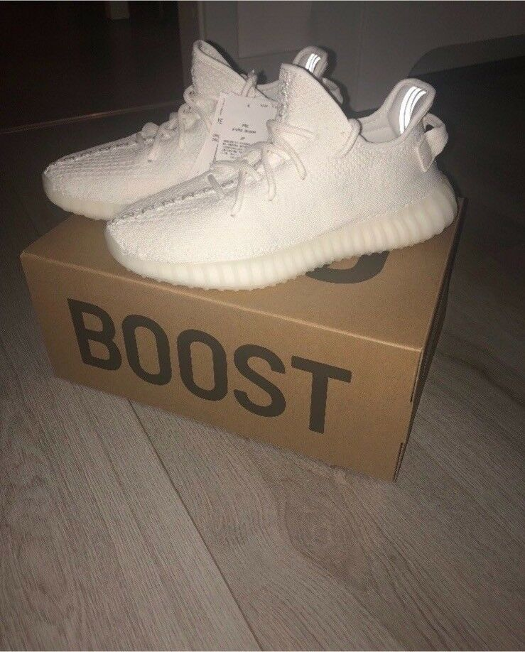 ca72f0904af Yeezy Boost 350 v2 triple white brand new size 7