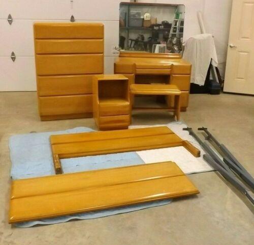 Vintage Mid Century Modern Stardust 515 Bedroom Set Russell Wright?
