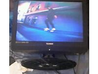 technika Lcd tv 19ince can be used as monitor compents ports s video audio