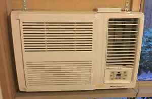 Kelvinator 3900Watt Air-conditioner PERFECT AS NEW Brighton Bayside Area Preview