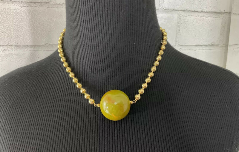 Vintage Lg Marble Green Bakelite Choker Necklace On Gold-Tone Chain MCM Runway