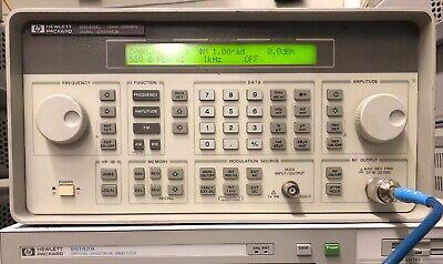 Hp Hewlett Packard 8648c Signal Generator 9 Khz - 3200 Mhz Opt 1ea