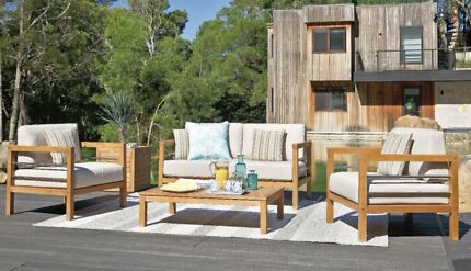 $1299! Brand new Big Brand Outdoor lounges!