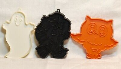 Hallmark Cookie Cutter Spooky Set - Witch on Broom Owl Ghost Halloween Haunted