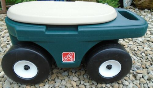 STEP 2 Garden Hopper Rolling Cart with Handle and Storage