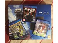 BRAND NEW PS4 with 3 top gsmes