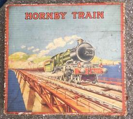 Prewar Hornby trainset boxed