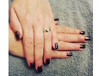 Mobile nail technician. Acrylic tips, gel polish, manicures & pedicures, Hollywood nails, fibreglass
