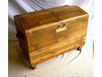 DINING / LIVING / SHABBY CHIC BESPOKE LARGE TRUNK OTTERMAN CHEST PIRATE STYLE WITH BRASS DETAIL